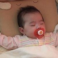 cani airwave枕頭--每次睡醒我的頭因為流汗都溼溼的, 換了這個問題就解決囉